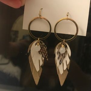 Altard state boho feather dangly earrings
